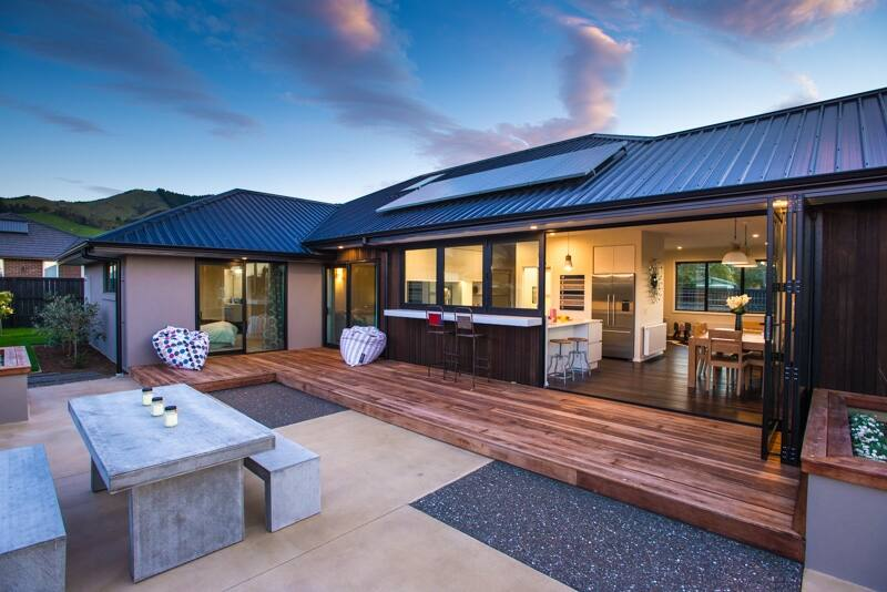 At Signature Homes we no longer provide kitsets as we have found that due to our size and cost effiicencies it is better for our customers and for us to build our homes for them.